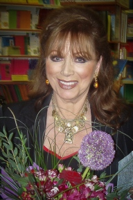"JACKIE COLLINS AS A WRITER:""I LIKE TO BE ALONE. I LIKE THE PEACE OF IT."""